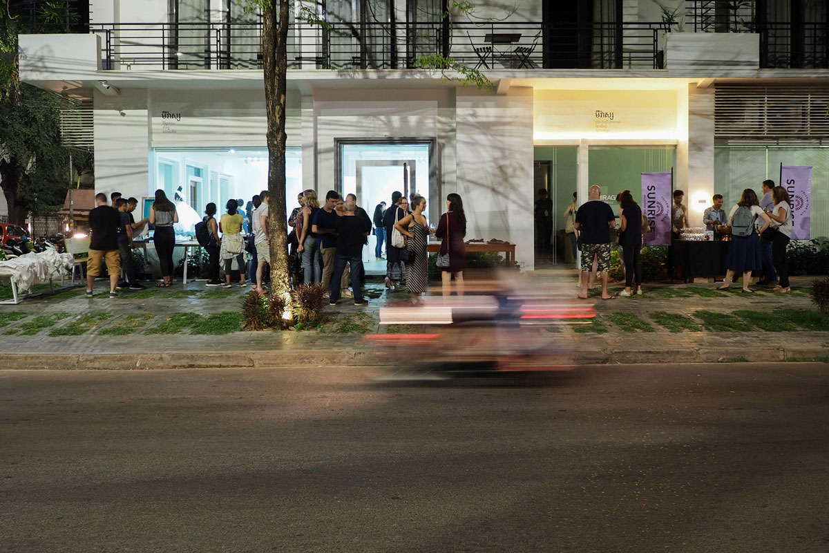 Opening-of-HOMELESS-Artists-Collective-at-MIRAGE-Contemporary-Art-Space_3